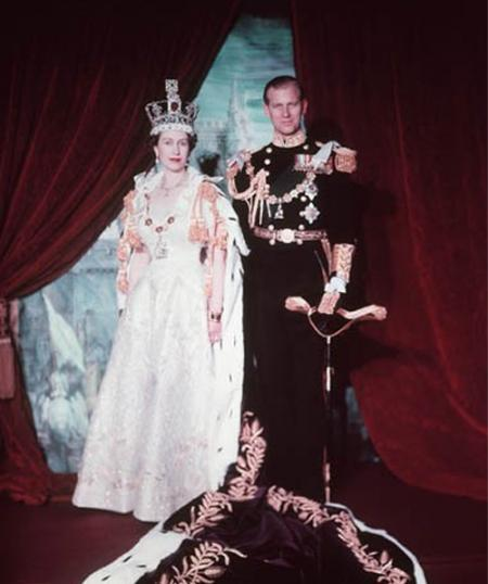 queen elizabeth ii coronation robes. queen elizabeth ii coronation