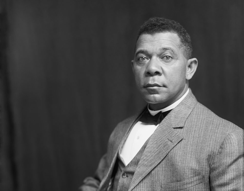 the impact of booker t washingtons philosophies in the african american community At that time booker t washington was the most influential leader in america the two engaged on an intense dialogue about segregation and political as a great orator, washington is quoted saying that the condition for african american in the south will only improve they learn to put brain and skills into.